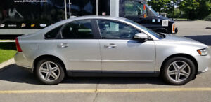 IMPECCABLE 2010 VOLVO S40. EXCELLENT CONDITION