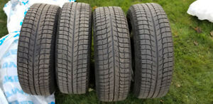 Michelin X-ice Winter Tires with 16 Inch Rims 215/60X16