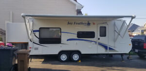 Roulotte 21 pieds JAYCO JayFeather Exp213 2009