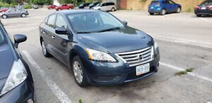 2015 Nissan Sentra 4dr Sdn CVT SR with only 22,500 kms
