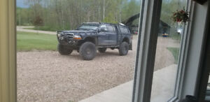 Hunting truck/ rock climber/ mud bogger
