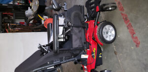 NEW Pride Mobility Jazzy Select 6 Power Chair.