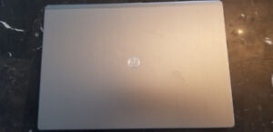 HP Folio13 2000 laptop in mint condition, loaded with software