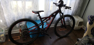 """2016 Specialized FSR Camber 29""""  OFFERS ARE WELCOME"""