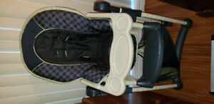 Child high chair in excellent for sale.