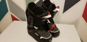 Snowboarding boots for sell