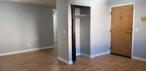 QUALITY/AFFORDABLE 2 BEDROOM APARTMENT-$895 INCLUDING UTILITIES