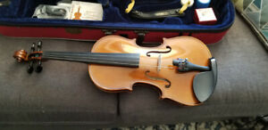 Stentor full sized violin with case and extras