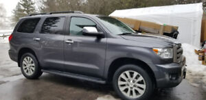 2014 Toyota Sequoia Limited - 4WD  48,800km