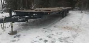 24ft Oasis Snow Machine Trailer