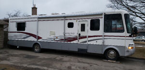 Fully loaded kountry star by newmar rv
