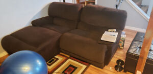 Comfy double recliner couch