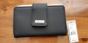 Womens Kenneth Cole Wallet (Brand New)