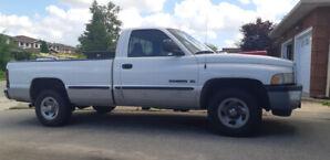 1999 Dodge Ram 1500 V8