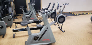 LIFECYCLE 9500hr  SEATED EXERCISE BIKE FOR SALE