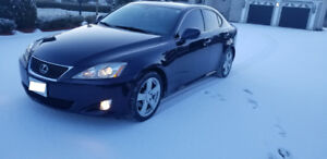 2008 Lexus IS250 RWD With 2 sets for rims tires