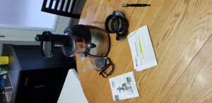 VitaProPlus Juicer and Smoothie Maker