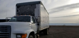 1999 Ford F-800 For Sale