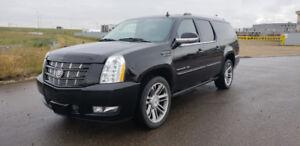 2013 Cadillac Escalade ESV 6.2L V8 AWD