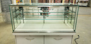 2 GLASS DISPLAY CABINETS WITH LIGHTS