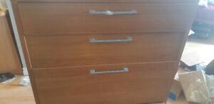 FREE CHEST OF DRAWERS WITH FILING CABINET DRAWER