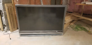 """50"""" tv - great picture (brand new bulb) $100 OBO"""