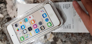 BNIB iPod Touch - Gold. BRAND NEW NEVER OPENED