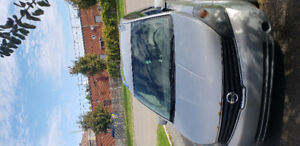 Nissan Quest S ***( 7 places ) ***