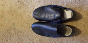 dance shoes - kids size not toddler