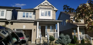 **Beautiful 3BDR Finished BSMNT Detached House in SW Barrie**