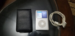 *Mint* IPOD 7th gen  Classic 160GB with  BOX Excellent Cond