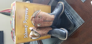 Western boy's boots (size 5)