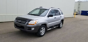 2007  Kia Sportage AWD Loaded ........780-235-6830