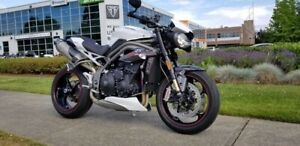2019 Triumph Speed Triple RS Crystal White