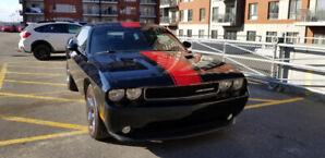 Dodge Challenger SXT Plus
