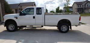 2010 Ford F-250 XL Super Duty Extended Cab 4x4