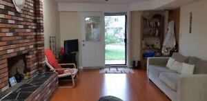 6 mths Sublet: 1 Room in 2 Bedroom Garden Level Unit $650
