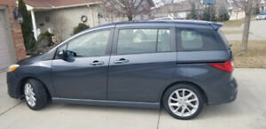 Mazda5 2012 Leather, Fully Loaded, 6 Seat plus new winter tires