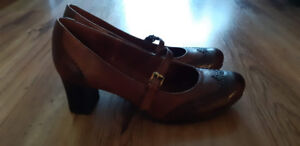 Two-tone Mary Janes