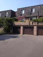 3 bedroom townhouse in the most convenient area of Beaconsfield