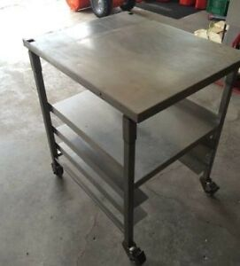 Stainless steel food prep table for restaurant or work shop