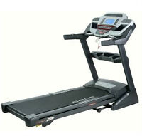 Treadmill FOR SALE/ Tapis Roulant A VENDRE