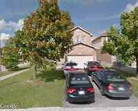 BEAUTIFUL 3 BEDROOM DETACH HOUSE FOR RENT BY SHERIDAN COLLEGE