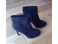 BRAND NEW! Forever 21 ladies platform stiletto ankle boots