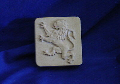 QTY 2   DECORATIVE LION SOAP OR PLASTER MAGNET MOLD 4628   Moldcreations