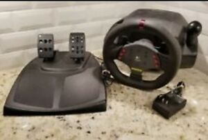 Logitech Momo Racing Force Feed wheel W/Pedals