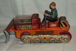 Vintage-Rare-Tinplate-Battery-Oprated-Bulldozer-no-15-T-N-Japan-Circa-1960s