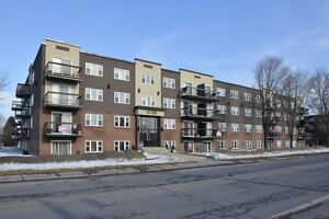 Condos for sale / a vendre or rented / a louer
