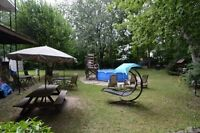 *** Duplex avec un superbe terrain, situé à Chomedey Laval ***
