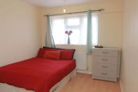 *AM* £140 ONLY IN CANNING TOWN~ Best Deal